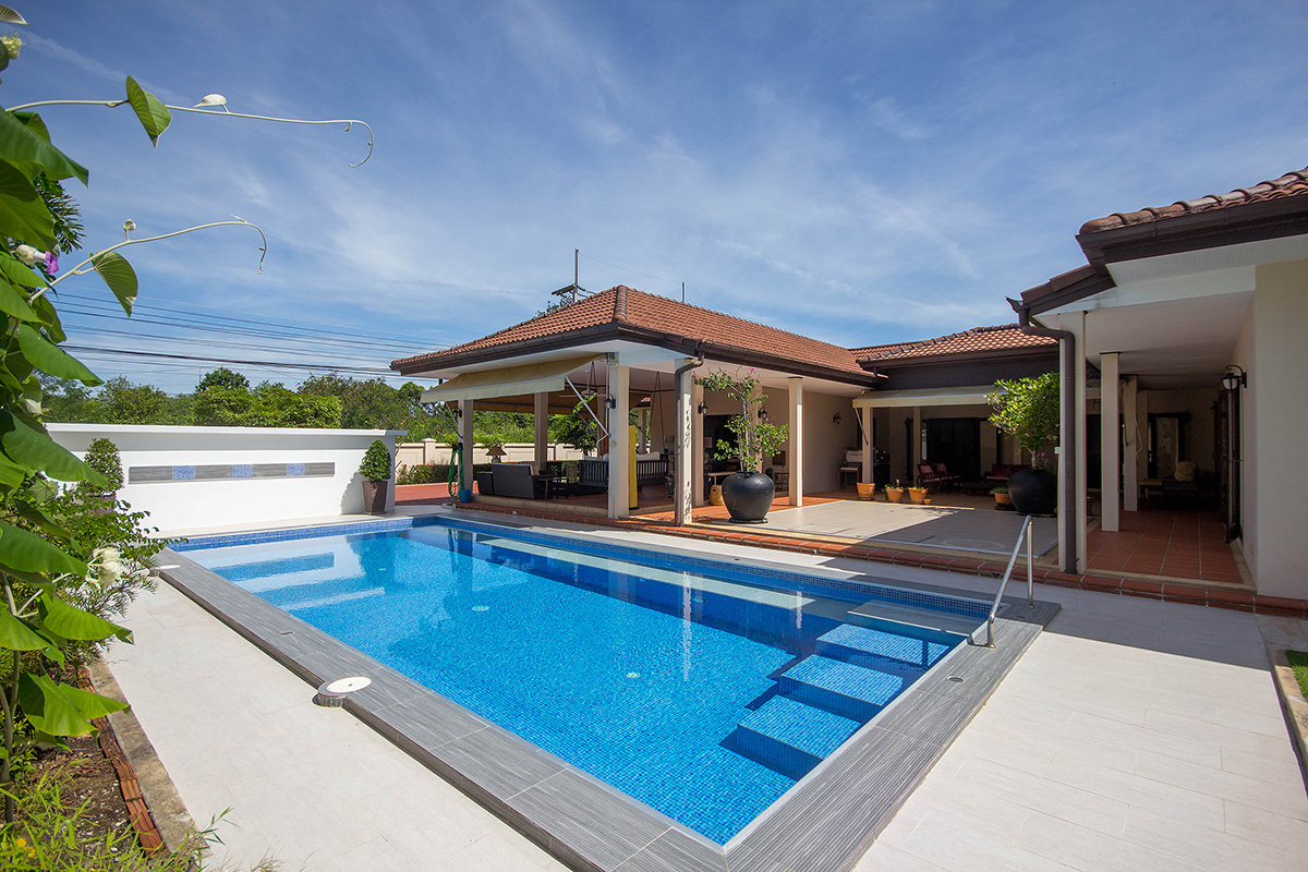 Beautiful Villa for Sale Hua Hin Soi 70