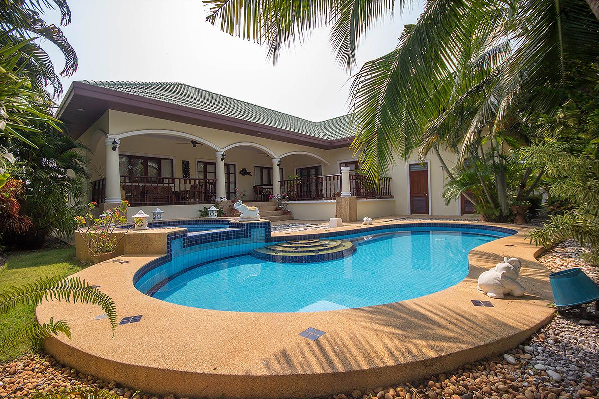 Exclusive Pool Villa For Sale Hua Hin Soi 126