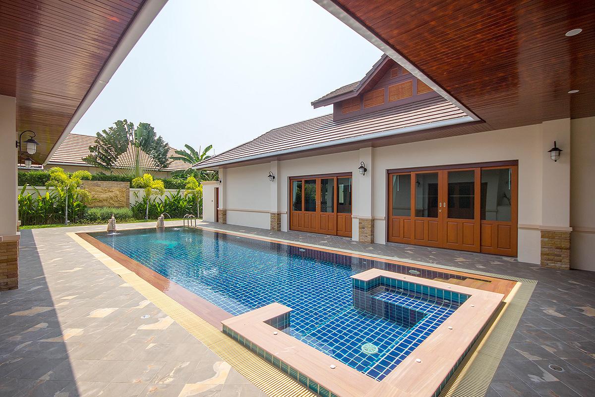 Phuttaraksa Thai Bali Style Hua  Hin Soi 88