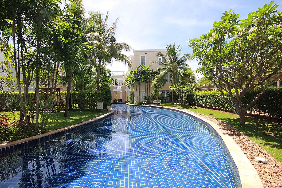 Top Floor Condominium for Sale