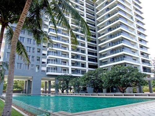 Condominium for Rent at Rimhad Condominium