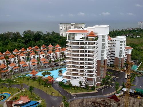 Luxury Condominium at Boat House for Rent