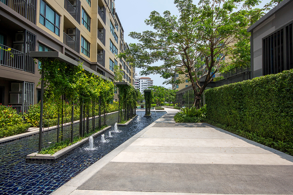 2 Bedrooms Sea View at Rain Cha Am for Rent