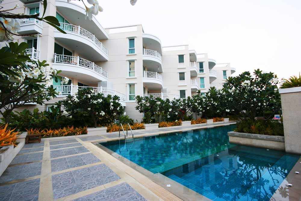 2 Bedrooms Condo with Fully Furnished