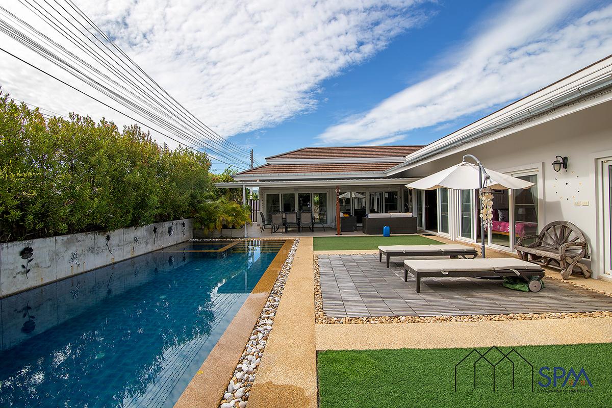 Beautiful Pool Villa at Avenue 88 for Sale Hua Hin Soi 88