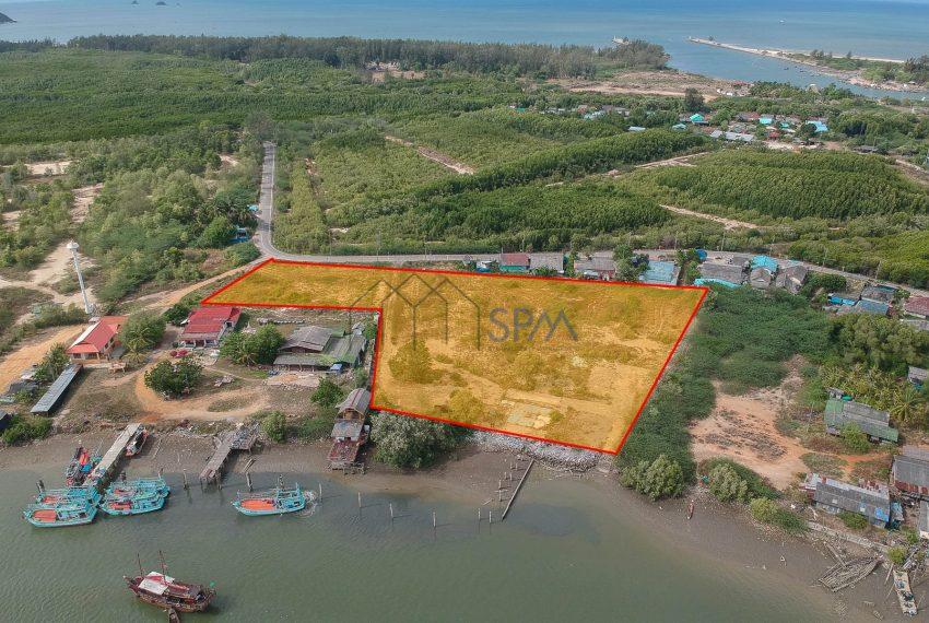 Land On The Beach SPM Property Huahin