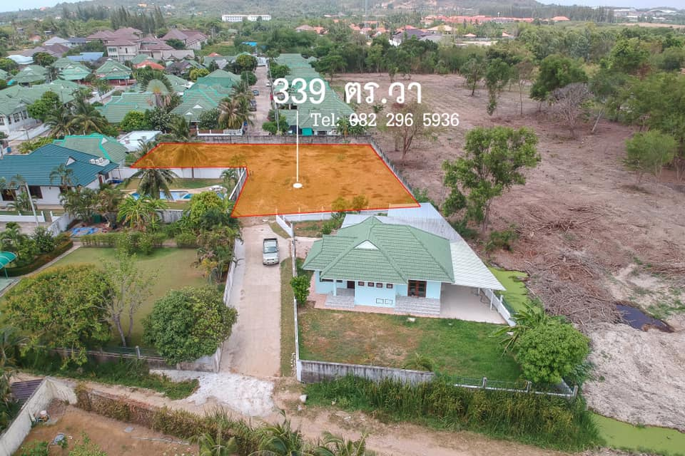 1356 sq.m. Land for Sale Hua Hin Soi 102, 2.5 km. from Bluport