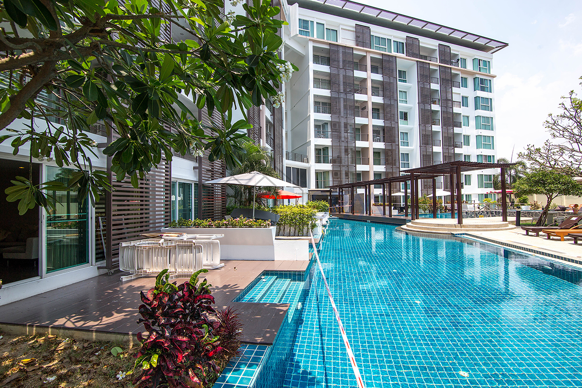 2 Bedrooms Pool access at Tira Tiraa Condo in town for Sale