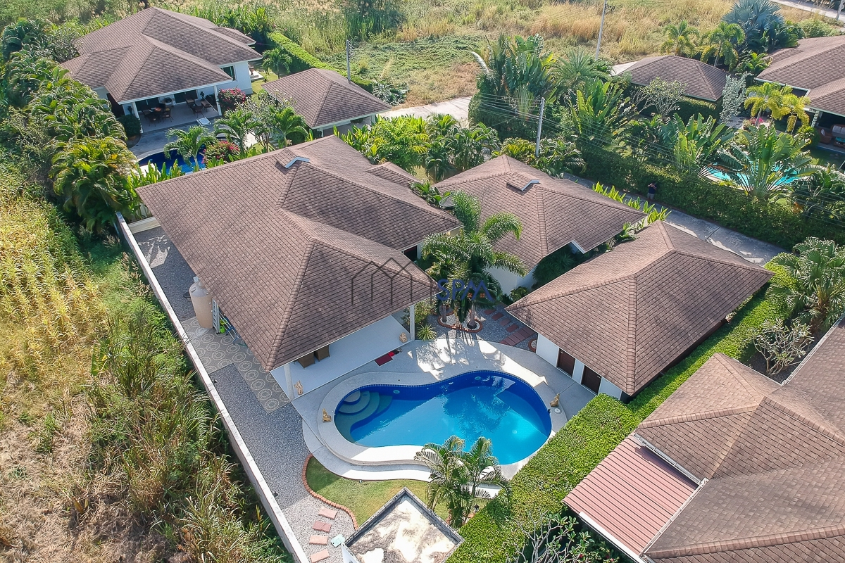 Pool Villa at Grove Residence near Black Mountain Golf Course for Sale @ The Grove Residence
