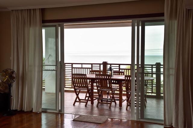 beachfront condo for rent chaam Thailand,huahin.