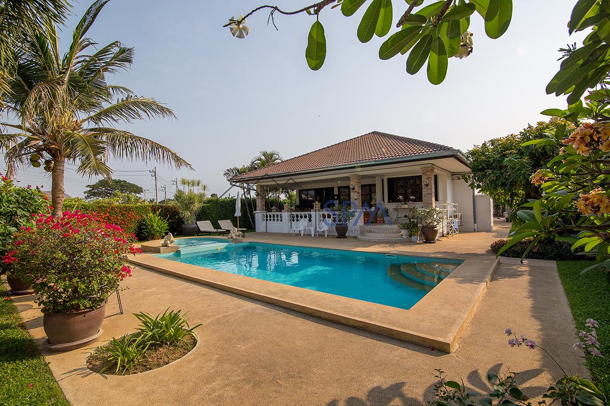 Pool Villa at Laguna Hua Hin Soi 102 for Rent