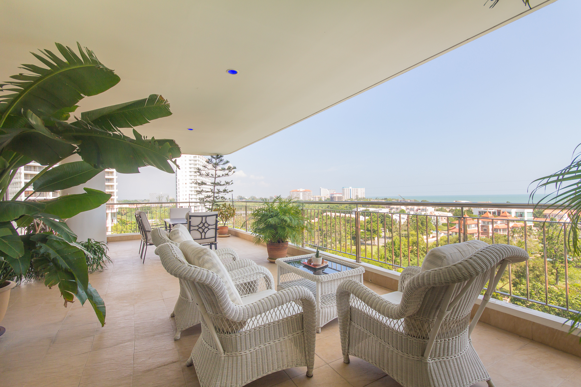 3 Bedrooms Unit at Boat House Condominium with Sea View for Sale