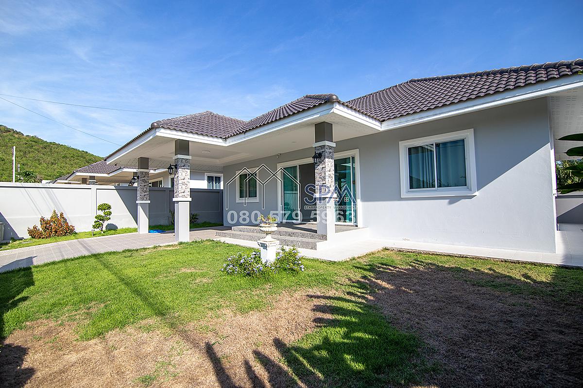 Beautiful Villa – NEVER OCCUPIED All is brand new at Pranburi