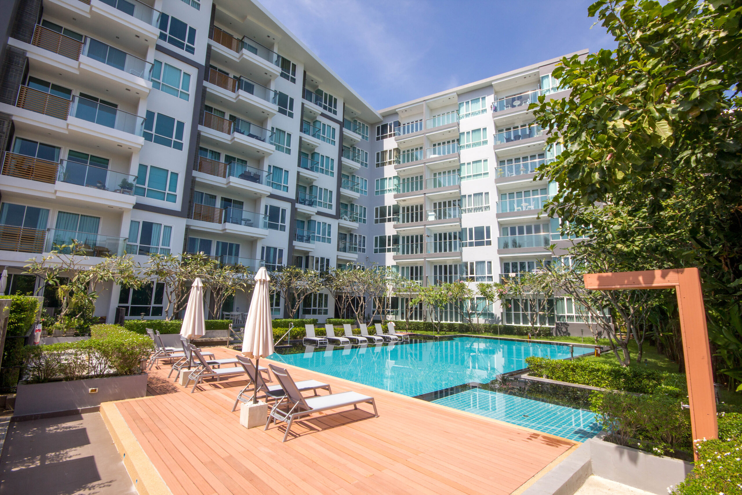HOT DEAL 2 Bedrooms Pool access unit at Baan View Viman for Sale