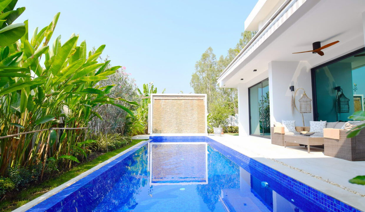 pool and waterfall feature