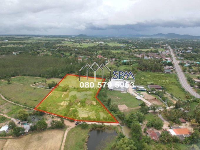 10 Rai of Farm Land for Sale Next from Canal, price 1 Million Baht per Rai, Nor.Sor.3Kor