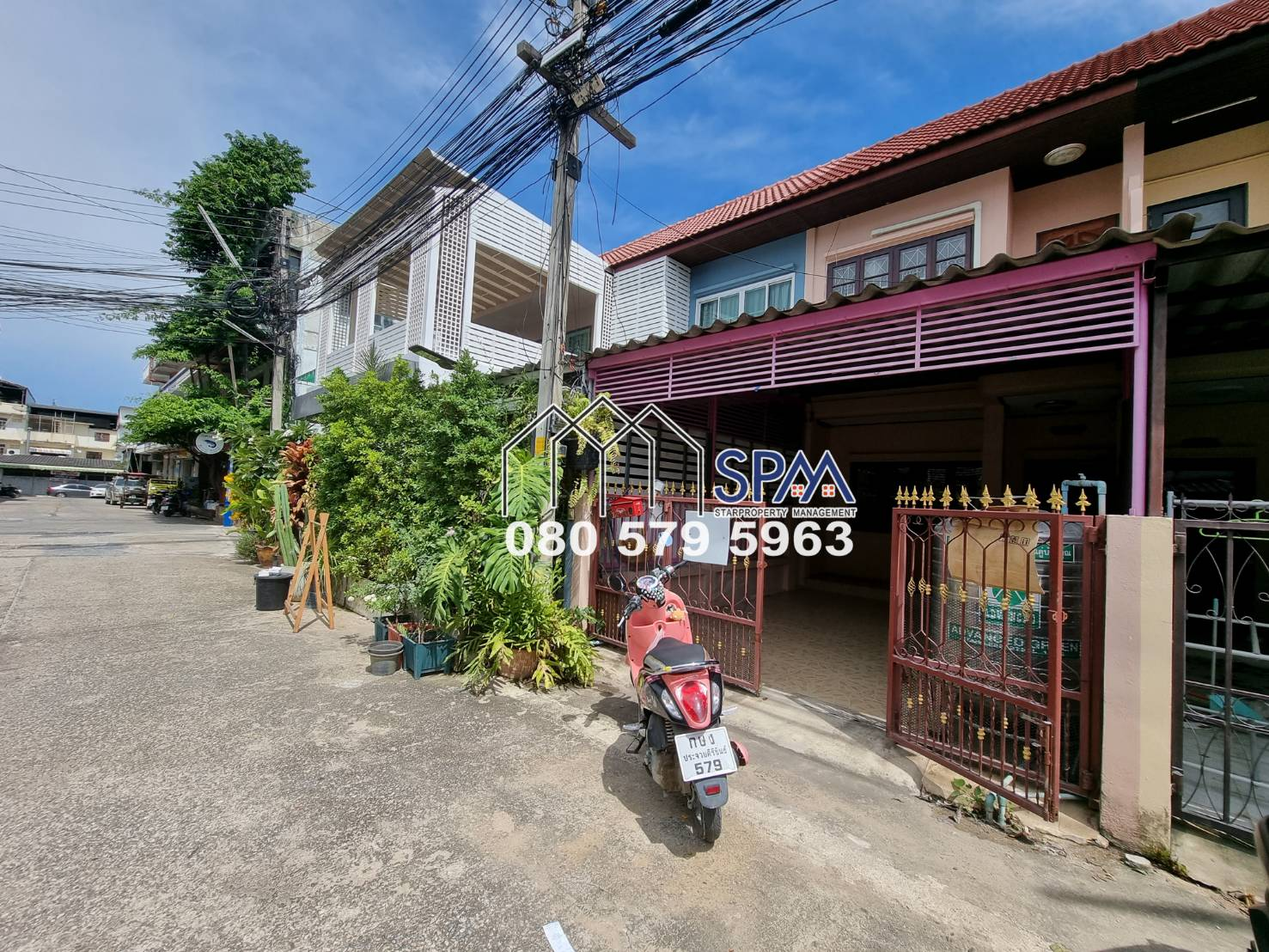 Town House at Center of Hua Hin for Sale